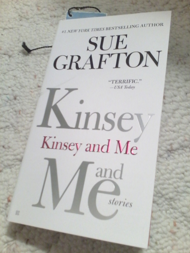 Kinsey and Me: Stories- Sue Grafton